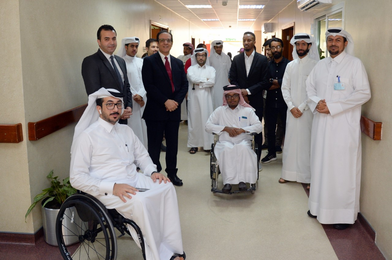 Photo of special needs students and special needs center staff with Ehsan employees